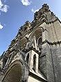 Cathédrale de Laon tour frontale droite.jpg