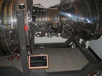 CFM International CFM56 - CFM56-3 casing, high-pressure compressor revealed.