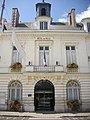 Châteaudun - hôtel de ville (06).jpg
