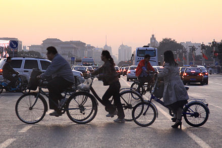 Bicyclists during rush hour at the Chang'an Avenue. Changan Avenue (4011960012).jpg
