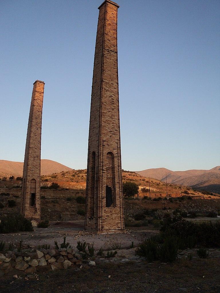 File chimeneas de labrar 8 jpg wikimedia commons - Chimeneas gonzalez ...