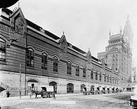 this photograph shows the trainshed wall on market street from 15th street to 16th street