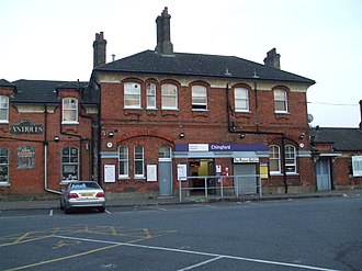 Chingford railway station - Image: Chingford station building