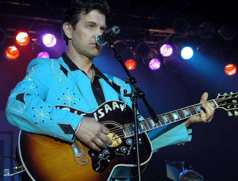 File:Chris Isaak.jpg