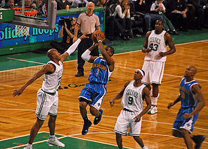 Chris Paul - Paul attempts a runner in December 2008.