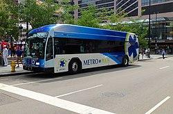 Cincinnati metro 2013 Gillig BRT.JPG