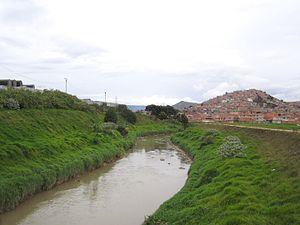 Tunjuelo River - Image: Ciudad Bolívar, río Tunjuelo, tv 20 B con calle 61 S