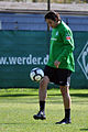Claudio Pizarro 2010-04-23 (2).jpg