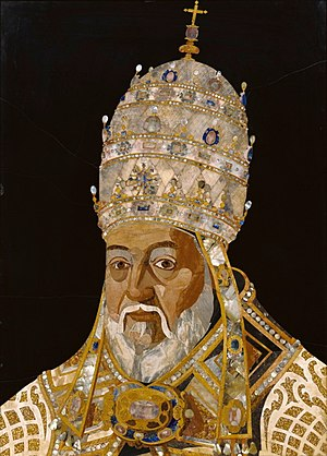 Papal tiara - Mosaic depicting Pope Clement VIII wearing a tiara with three crowns