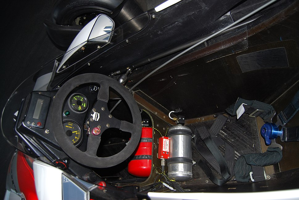 Cockpit of Alain Prosts F1 McLaren TAG-Porsche turbo, from his first Championship year (6283362892)