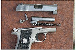 Colt Mustang - Colt Mustang Pocket Lite disassembled