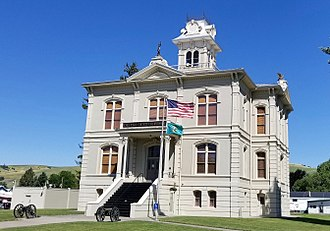 Columbia County, Washington - Image: Columbia County Courthouse WA (cropped)
