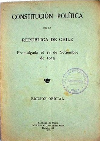 Chilean Constitution of 1925 - Cover page of a 1925 Constitution text edition.