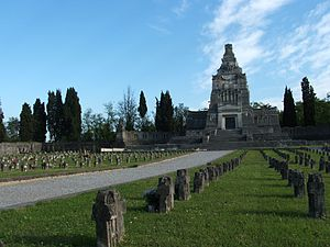 Crespi d'Adda - Image: Crespi cimitero