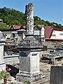 Creysse 24 cimetière colonne.jpg
