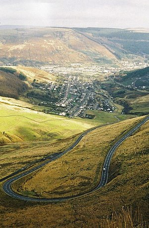 A4061 road - The A4061 has a significant number of hairpin bends on its mountain sections.