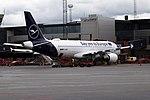 D-AIZG A320 Lufthansa ARN.jpg