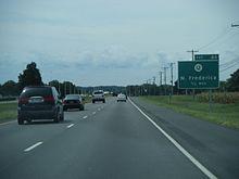 DE 1 southbound approaching the DE 12 interchange in Frederica