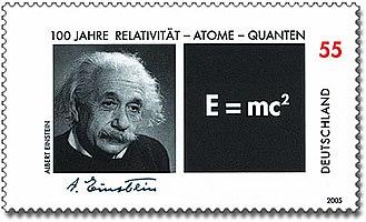 Einstein und die Religion 330px-DPAG-2005-Relativit%C3%A4t-Atome-Quanten-AlbertEinstein