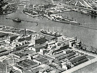 Islands Brygge - Dansk Sojakagefabrik in about 1930