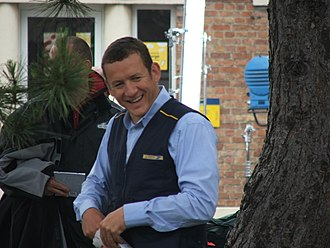 Welcome to the Sticks - Dany Boon during the filming at Bergues