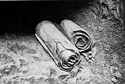 発見時の巻物の様子の再現
