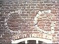 Detail noordgevel, ingemetselde stenen die de letters CG vormen kleur - Luijksgestel - 20454763 - RCE.jpg