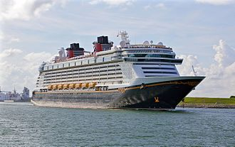 Disney Dream (ship, 2011) 001.jpg