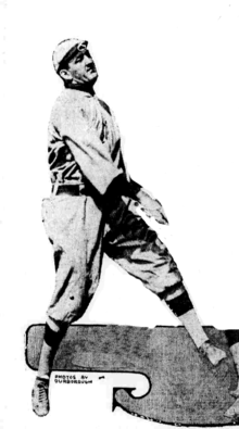 Dixie Walker newspaper photo.png