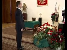Archivo:Dmitry Medvedev 2 - 2010 Polish Air Force Tu-154 crash.ogv