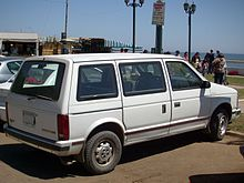 dodge caravan se turbo (chile)