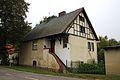 Dom Dworcowa 48 od ulicy Tysiąclecia.JPG