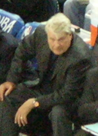 Don Nelson - Nelson as Golden State Warriors' head coach on March 15, 2009 to play the Phoenix Suns