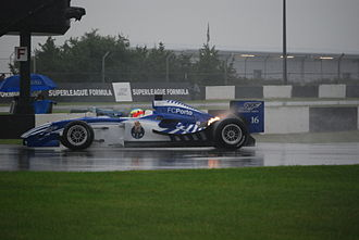 FC Porto (Superleague Formula team) - Tristan Gommendy lapping around Donington Park in the wet in 2008