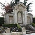 Dourdan Memorial 701.JPG