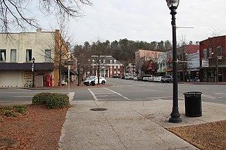 Calhoun, Georgia - Downtown Calhoun and Courthouse