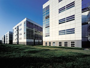 Dräxlmaier Group - The Technology Center in Vilsbiburg is opened in 1998.