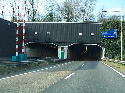So kommt man zu Drechttunnel mit den Öffentlichen - Mehr zum Ort Hier