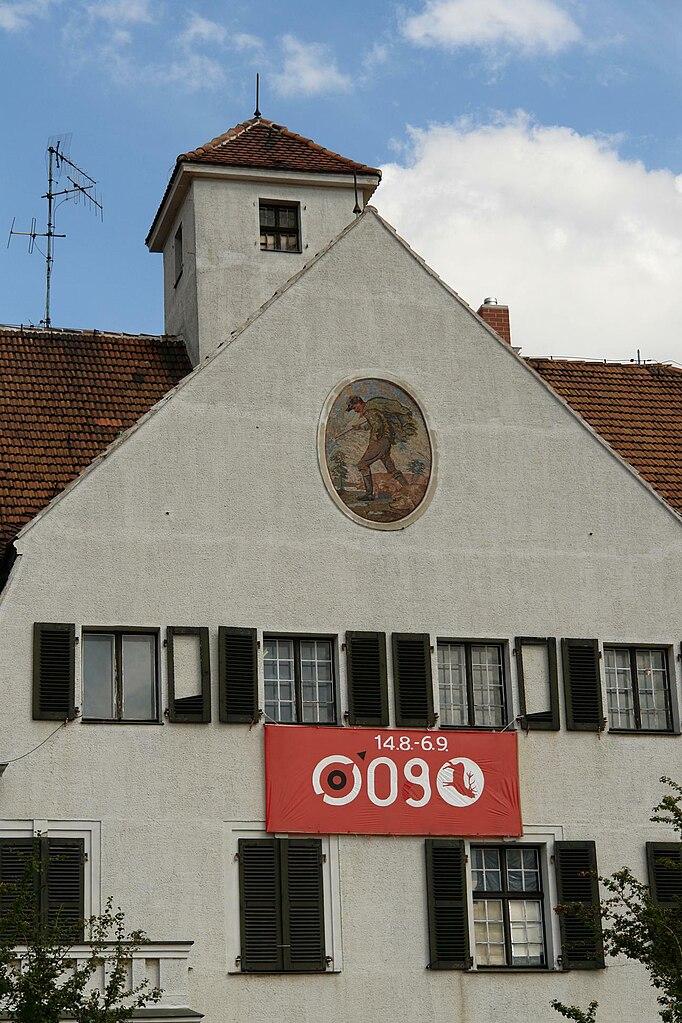 File Dresden Schlachthof Haus BauerMitSau Wikimedia
