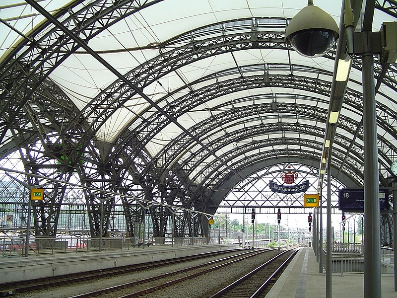 Misc most beautiful train stations skyscrapercity for Berlin to dresden train