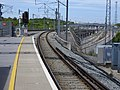 Ebbsfleet International railway station third rail starts 5172.jpg