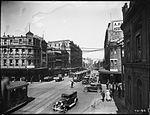 Electric trams, Brickfield Hill, Sydney (2844602435).jpg