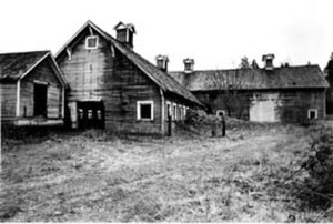 Northwest School (art) - Elliot Dairy Farm, photograph by Mary Randlett (1920)