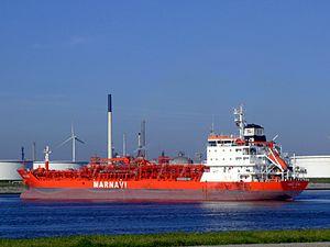 Enrico Ievoli p2 at the Calland canal, Port of Rotterdam, Holland 04-Aug-2007.jpg