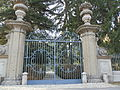 Entrata alla Villa Meroni e giardino.JPG