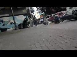 File:Entre Libertador y Chacao los indigentes sobrevive con desechos.webm