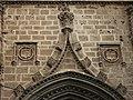 Escuts a la portada de sant Bertomeu, església de sant Bertomeu, Xàbia.JPG