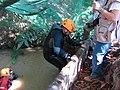 Espeleólogos salida 1 Tentecarretas (14465590535).jpg