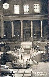 Euston Station (Great Hall).jpg