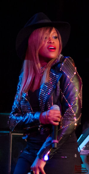 Eve (rapper) - Eve performing at the Roxy in 2013